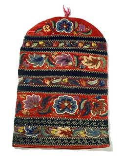 Вышитый калфак - татарский женский головной убор